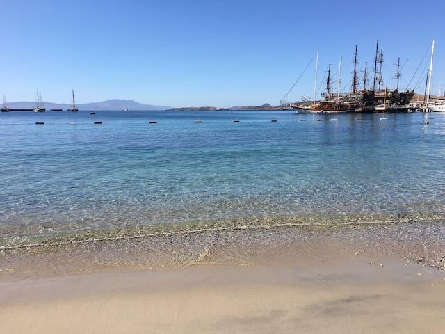 Bodrum kalesi manzaralı Denize 30 M mesafede tatil