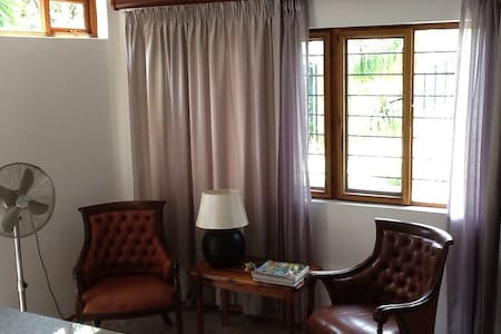Tranquil private self catering apartment - Nelspruit - Huoneisto