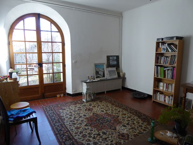 Chambre avec jardin