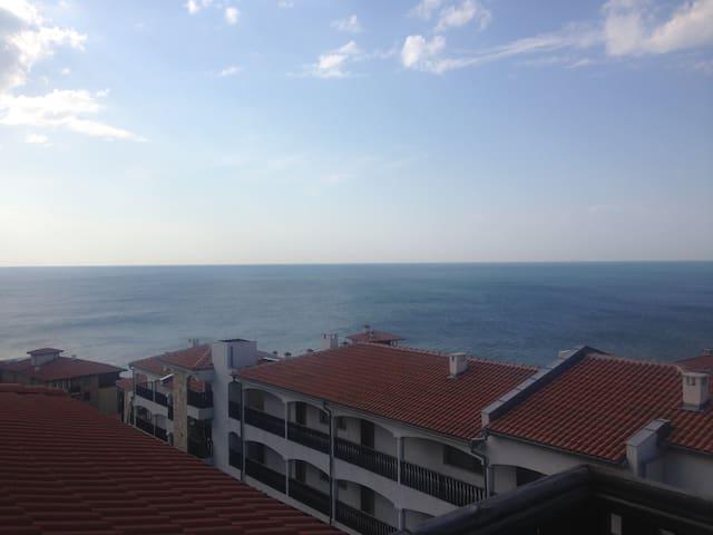 Апартаменты с панорамным видом на море/ Sea view