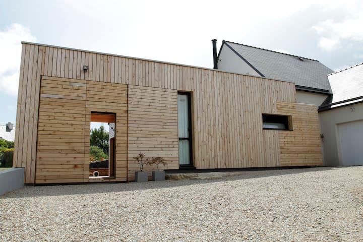 Maison en bois neuve atypique, plage à pied.... - Erdeven - Haus