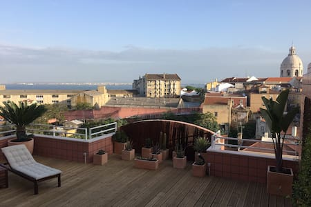 Amazing terrace over the Tejo river. - Lisboa - Wohnung