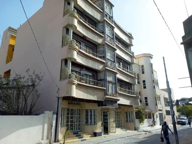 Senaka Palace