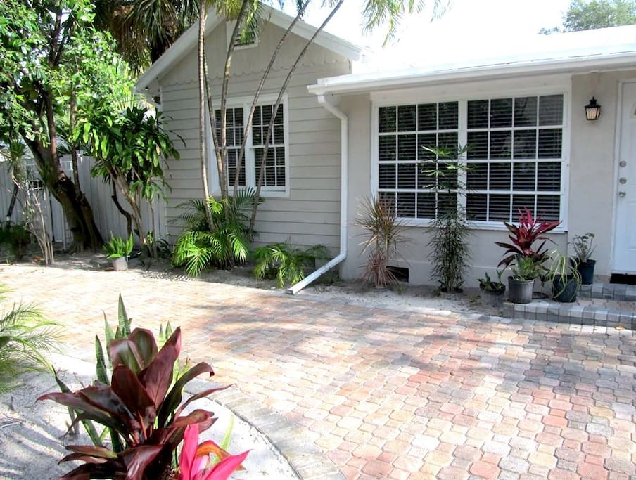 Front Driveway... AirBnB 393982 Ft. Lauderdale Florida Vacation Rental