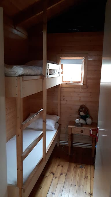 Two bunk bedroom on the upper  floor, holds 2 adults.(190x70cm)