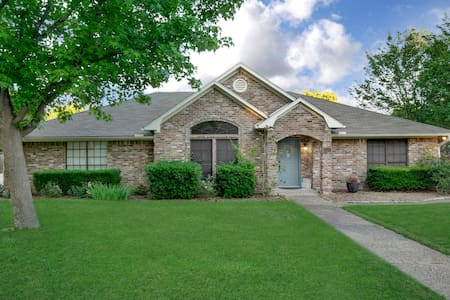 Waco Home-Away-From-Home