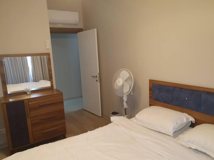 شقة مفروشة فرش فندقي مكيفة بالكامل في افضل مكان