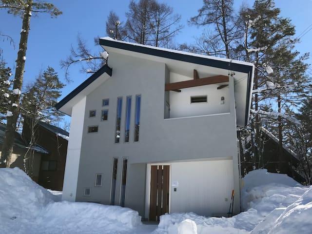 コンドルハウス白馬 Condor House Hakuba