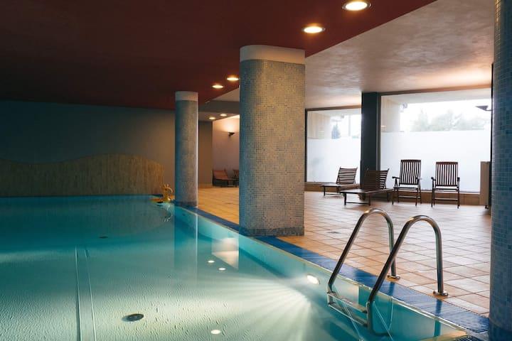 Grey Apartment luksus, basen i siłownia!
