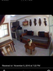 BNew 1BR Tagaytay wPool& Wifi - Tagaytay - Apartamento