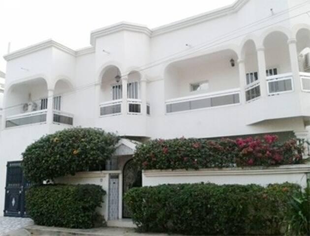 VILLA MENDY - Dakar - House