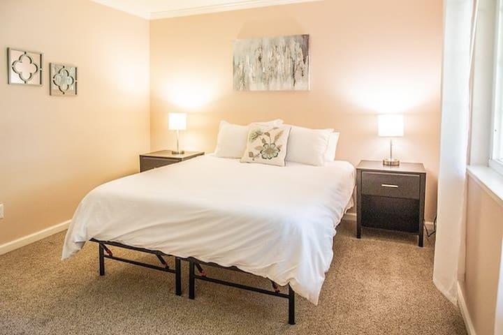 Queen size Zinus mattress in bedroom