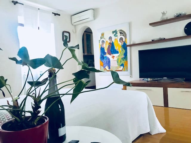 Awesome family studio apartment with terrace