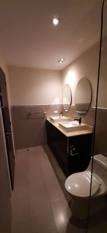 Apartment for rent  2 bedroom 3 bath