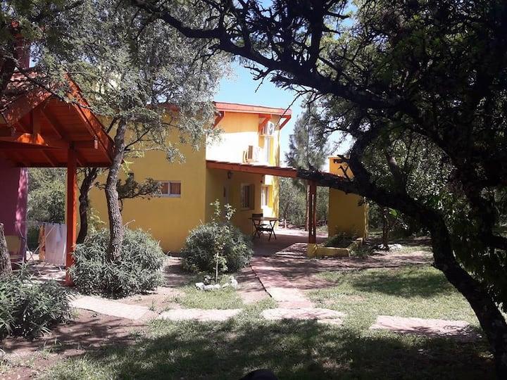 Cabañas El Mangrullo 4 pax amarilla