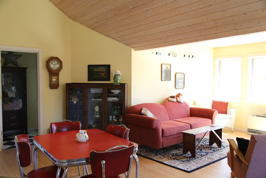 Living room with satellite TV.