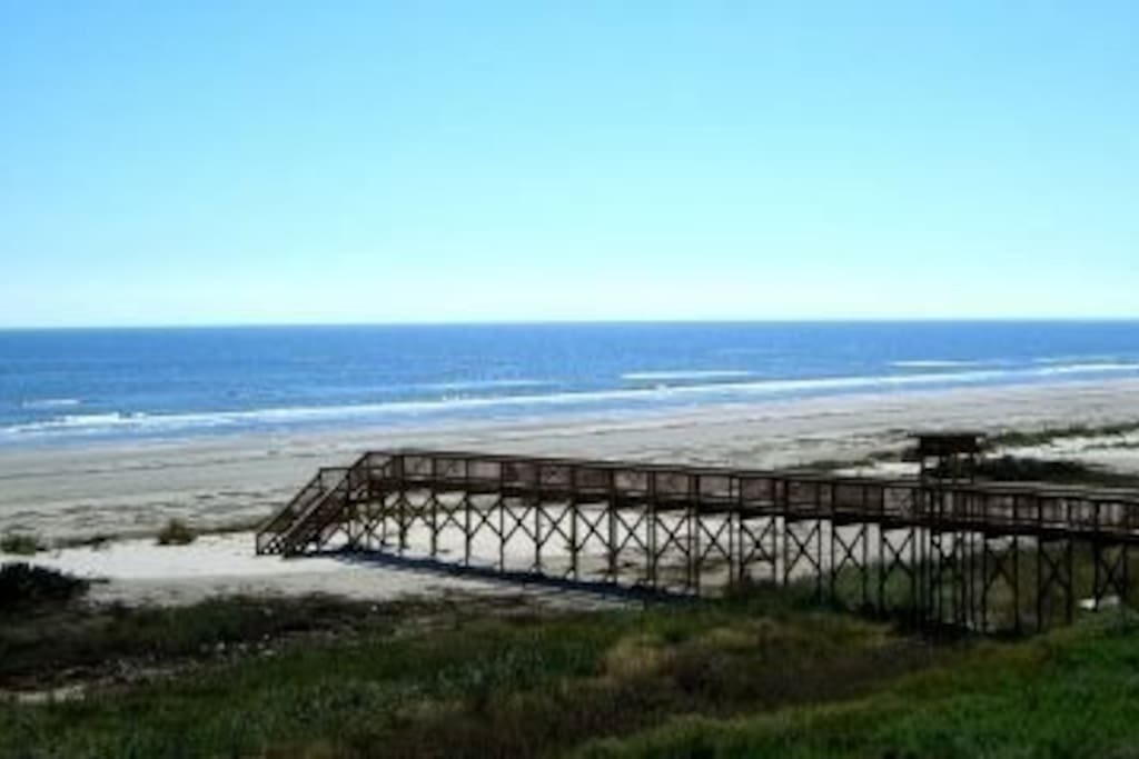 Just a one minute walk to the beach!!  Across from the house.