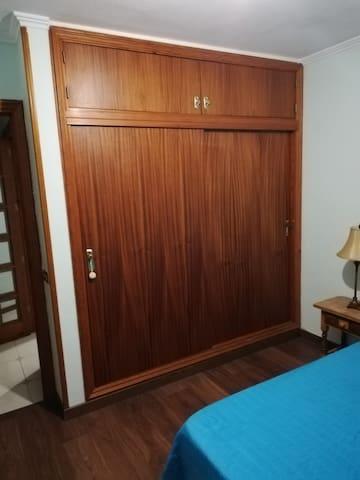 armario empotrado con capacidad