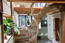 Un curieux petit pavillon