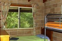Carisbrook Lodge Bedroom 3 - three single beds
