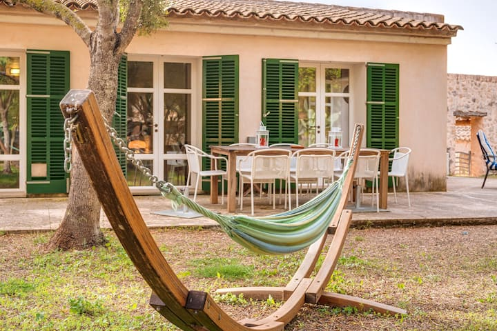 Holiday Home Possessio Sa Barrala Gallinero with Wi-Fi, Garden, Terraces & Shared Pool; Parking Available, Pets Allowed