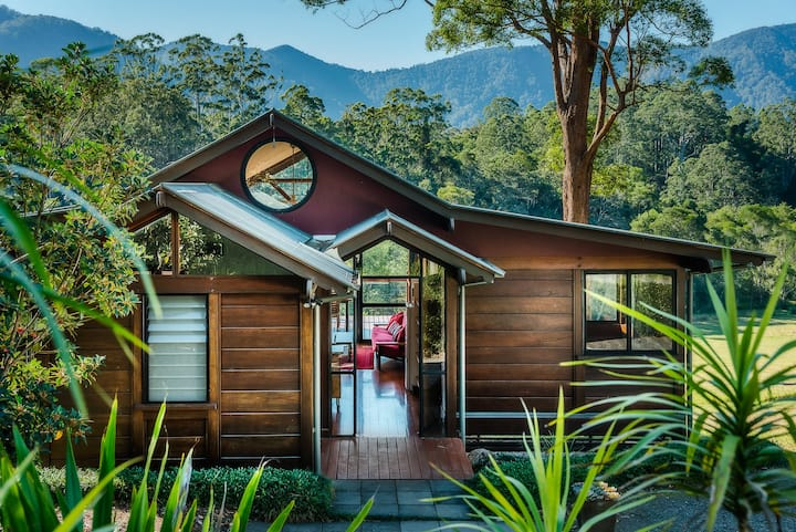 Tallowood 2 Bedroom Chalet @ Promised Land Retreat