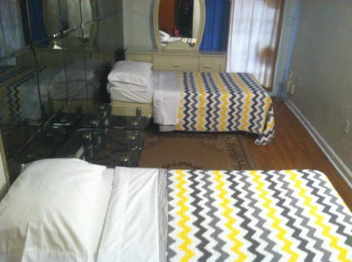 AFFORDABLE TWIN PRIVATE ROOM