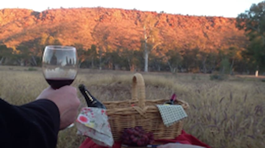 Squeakywindmill Boutique Tent B&B - White Gums - Bed & Breakfast