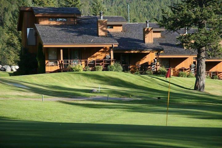 2 bed Fairmont Vacation Villas - Fairmont Hot Springs