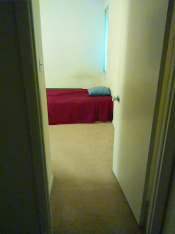 Room near PSU stadium - State College - Wohnung