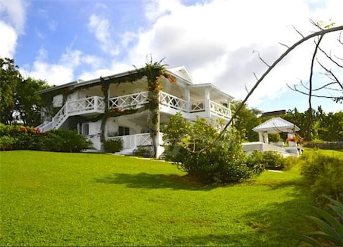 Pirates Cove Ratho Mill St Vincent - Grenadines - House