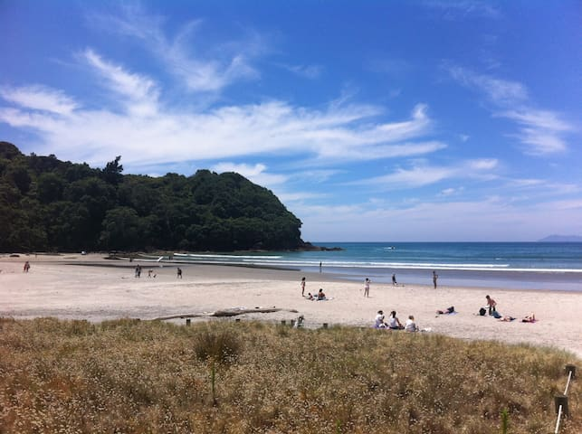 Waihi Beach Getaway-Studio, Ensuite & Private Deck