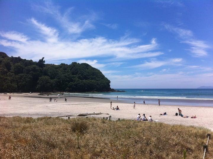 Waihi Beach Getaway-Studio, Ensuite & Private Deck
