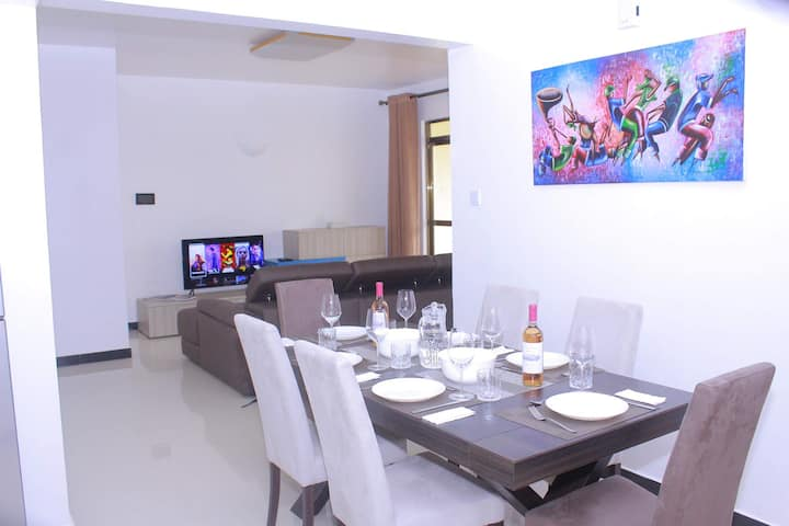 Private Room, Modern & Clean in Serene Location.