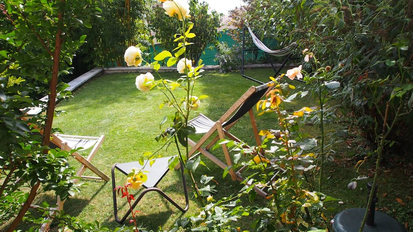 """Meublé avec jardin à Gex proche Genève """"Le Crêt"""""""