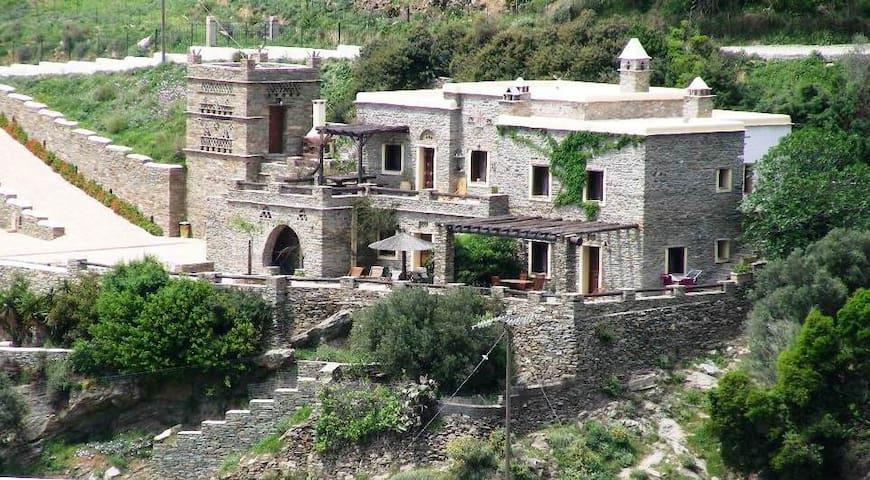 Anastasia villas in Andros