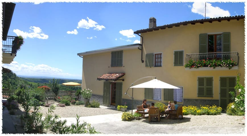 Bed & Breakfast ANTICOBORGO - Vignale Monferrato - Bed & Breakfast