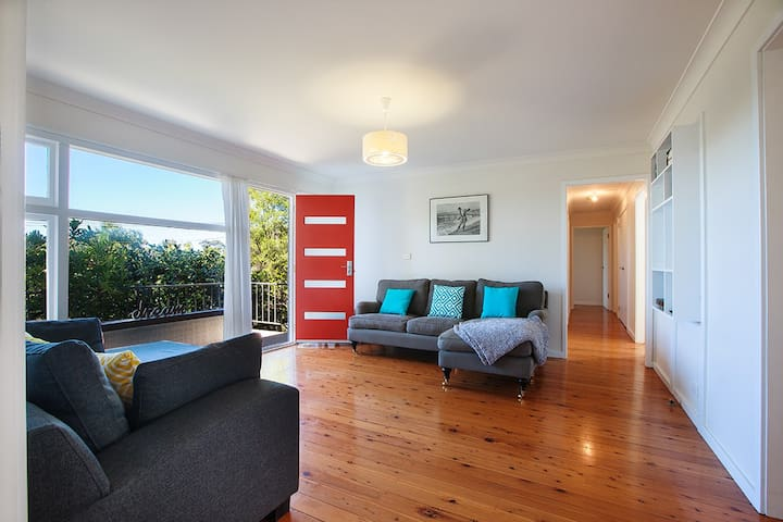 Relaxed Coastal Retreat - Mollymook