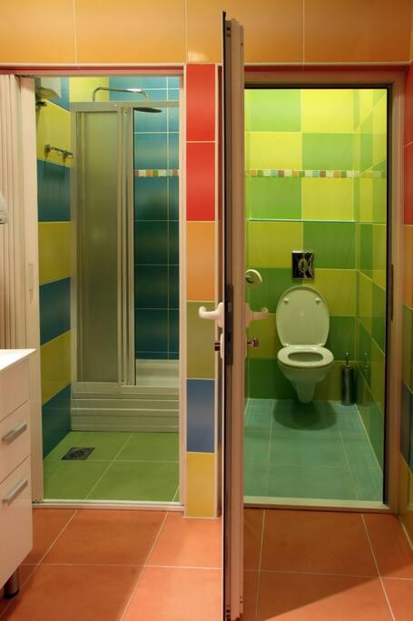 bathroom & toalet