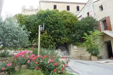Maison de Village-Spécial Forfait Curiste 1ou2pers - Gréoux-les-Bains
