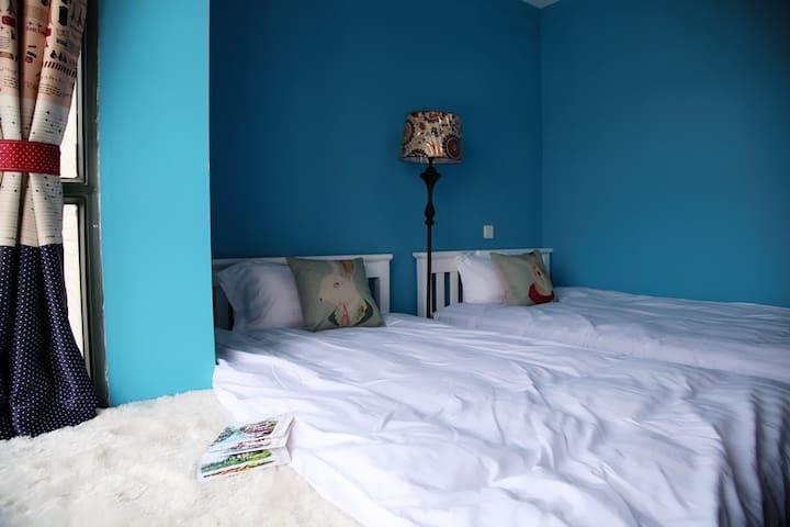 《海水谣》双床房