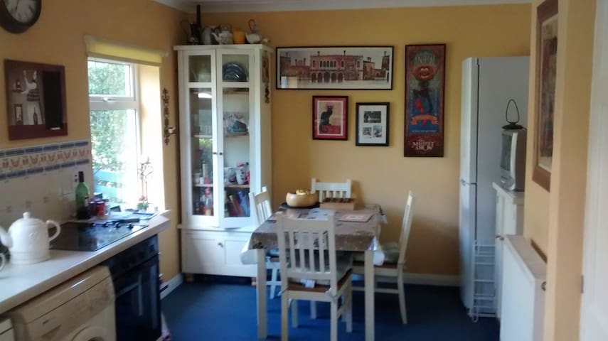 Comfortable double room - Horsforth