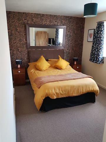Delightful double room , for B&B  in Sevenoaks.