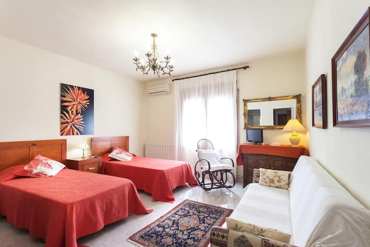 Hostal Masia can Nofre