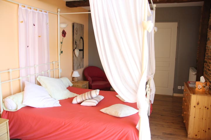 Guest room for 2 in Brittany - Saint-Ouen-la-Rouërie - Bed & Breakfast