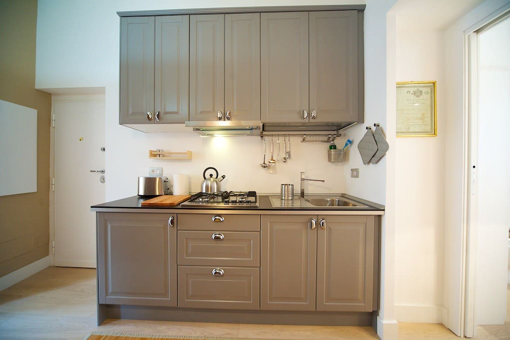 Kitchen 1st apt