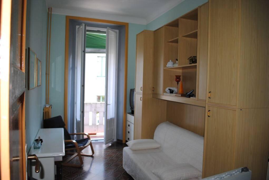 Stanza singola con bagno ad uso esclusivo appartamenti for Stanza singola milano