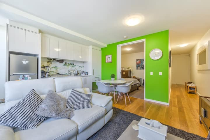 35% OFF applied - Fitzroy lifestyle 1 bed with pool, spa, sauna & gym