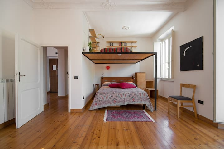 Rome Kandinsky House   95 sqm  flat