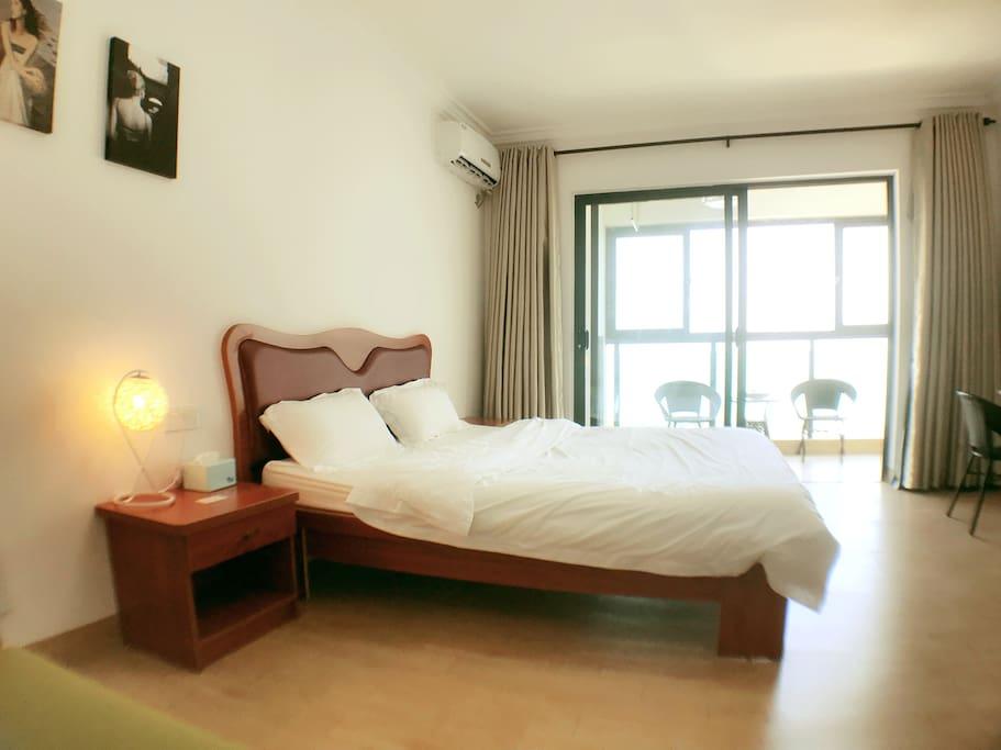 海景公寓大床